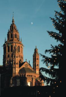 Dom St. Martin zu Mainz - Blick vom Gutenbergplatz